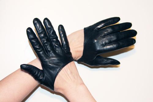 Sex city half gloves carrie