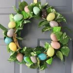 DIY: $4 Easter Wreath