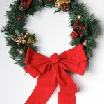 DIY: Super-Easy $7 Holiday Wreath