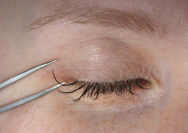 cfef7967361 DIY Eyelash Extensions - Chic Creative Life