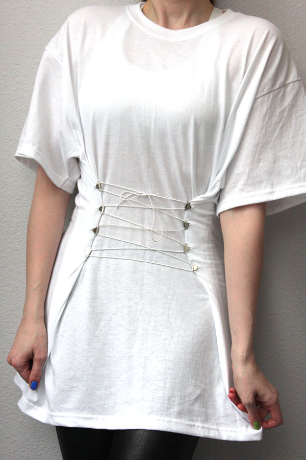 DIY: Corseted White T-Shirt or What to Do with the BF\'s old T-shirts ...