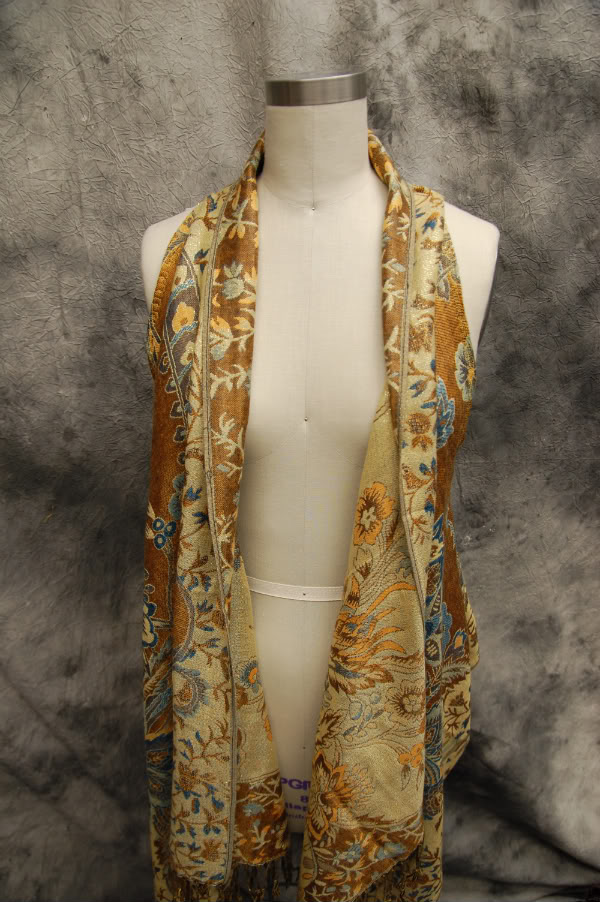 diy-scarf-into-vest-open