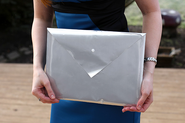 DIY Metallic Envelope Clutch