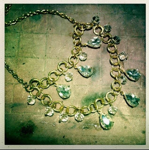 Flutternecklace