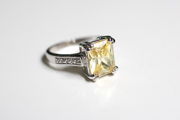 diamondcandles_ring