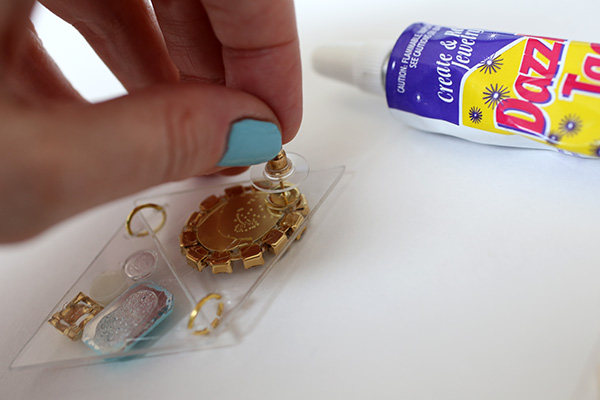 diytriangleacrylicearrings_step11