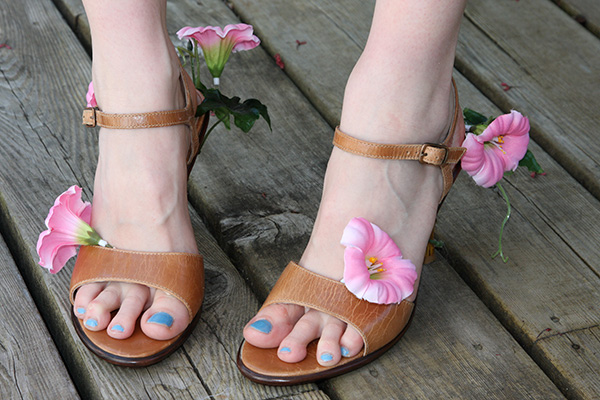 DIY Junya Watanabe Flower Sandals