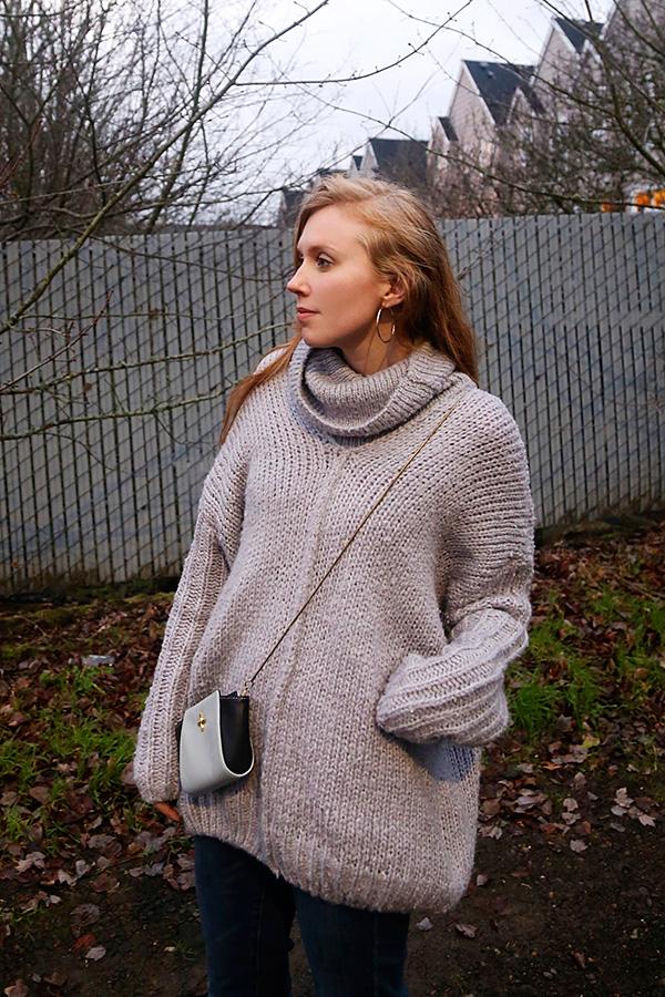 12.21.14-lookbookstore-sweater-cu