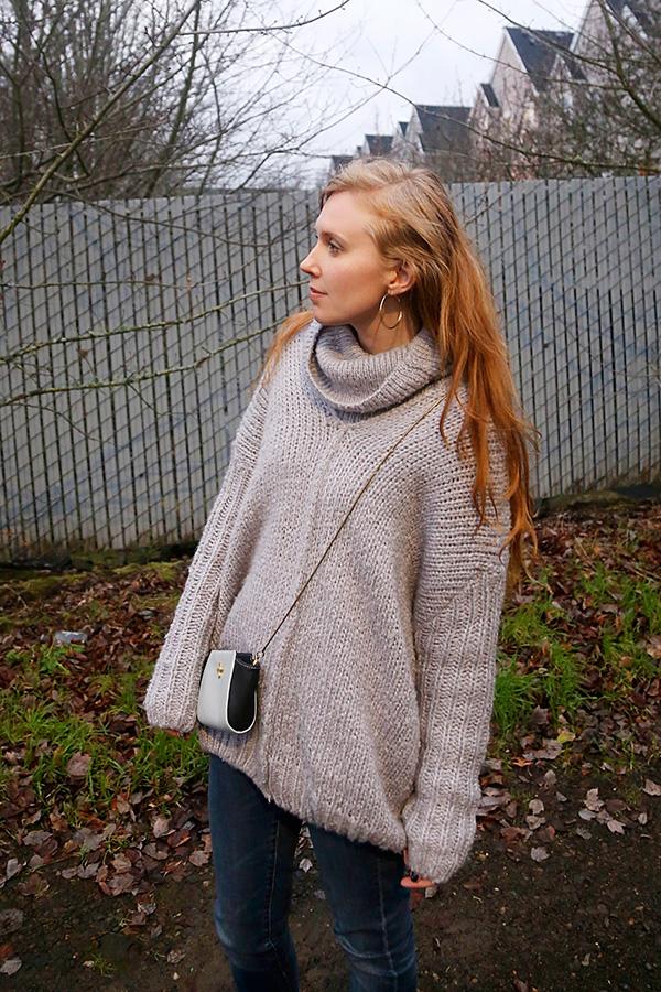 12.21.14-lookbookstore-sweater-cu3