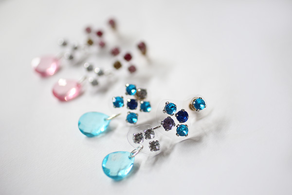 diy-illusion-jeweled-earrings-done3