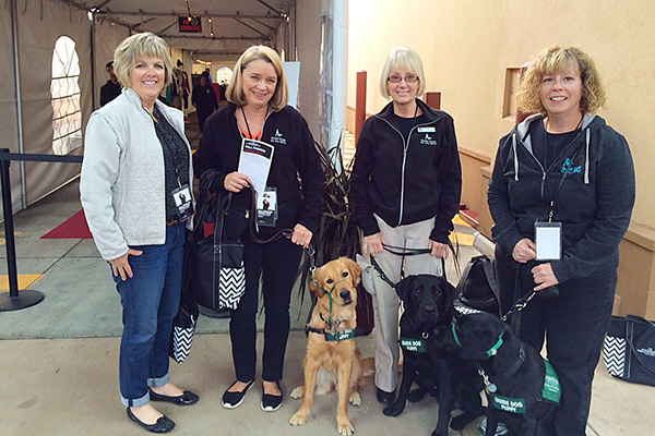 woodburn-fall-fashion-frenzy-event-guide-dogs