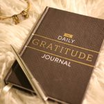 Chic Tip: Discover Happiness with a Gratitude Journal